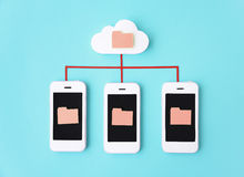 Concetto del telefono della rete del cellulare di Smartphone fotografie stock