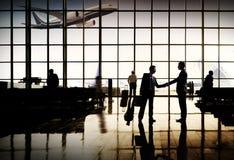 Concetto del terminale di aeroporto di viaggio d'affari dell'aeroporto internazionale Fotografia Stock Libera da Diritti