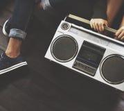 Concetto dell'annata del suono di Boombox della radio degli amici Fotografia Stock