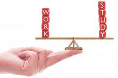 Concetto dell'equilibrio di analisi del lavoro Immagini Stock