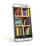 Concetto della biblioteca di istruzione o di Internet di e-learning Smartphone e Immagini Stock