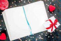 Concetto della cartolina d'auguri di giorno del ` s del biglietto di S. Valentino Immagine Stock