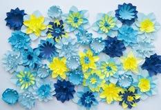 Concetto della decorazione del fiore del mestiere di carta Immagine Stock
