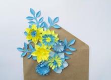 Concetto della decorazione del fiore del mestiere di carta Fotografia Stock