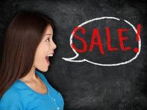 Concetto della donna della lavagna di vendita Fotografia Stock Libera da Diritti