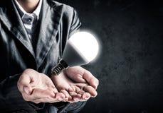 Concetto della lampadina come simbolo di nuova idea Fotografia Stock Libera da Diritti