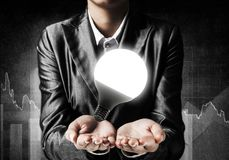 Concetto della lampadina come simbolo di nuova idea Immagine Stock Libera da Diritti