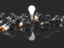 Concetto della matita di idea del disegno e della lampadina creativo e leadersh Immagini Stock