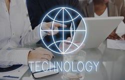 Concetto della rete di comunicazione globale della pagina Web di Internet fotografie stock