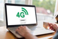 concetto della rete 4g su un computer portatile Fotografie Stock