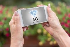 concetto della rete 4g su uno smartphone Fotografie Stock Libere da Diritti