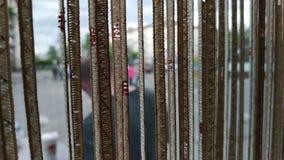 Concetto delle finestre interne decorate con le tende stock footage