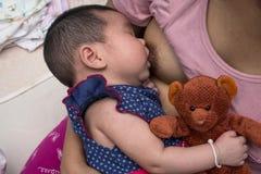Concetto di allattamento al seno Fotografie Stock