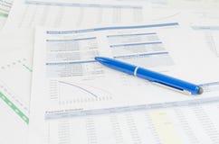 Concetto di analisi di contabilità finanziaria di rapporto di affari fotografia stock