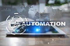 Concetto di automazione come innovazione, migliorante produttività, affidabilità nella tecnologia ed i processi aziendali Fotografie Stock Libere da Diritti