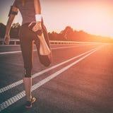 Concetto di benessere di allenamento e di forma fisica Fotografia Stock