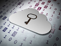 Concetto di calcolo:  Chiave di Whis della nuvola sul backgrou di codice binario Fotografie Stock Libere da Diritti