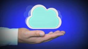 Concetto di calcolo della nuvola con lo spazio della copia video d archivio