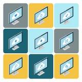 Concetto di calcolo della nuvola isometrica Insieme dei desktop computer con le icone della nuvola Fotografie Stock Libere da Diritti