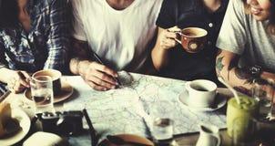 Concetto di campeggio di unità di felicità di amicizia del caffè fotografie stock libere da diritti