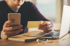 Concetto di commercio elettronico e di pagamento fotografia stock libera da diritti