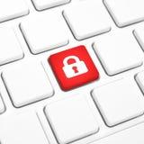 Concetto di connessione di Internet di sicurezza, bottone di serratura rosso o chiave su una tastiera Immagini Stock