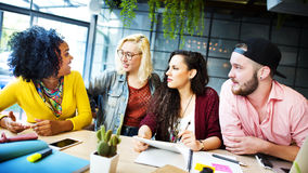 Concetto di conversazione di comunicazione di 'brainstorming' di discussione Fotografie Stock