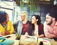 Concetto di conversazione di comunicazione di 'brainstorming' di discussione Fotografia Stock Libera da Diritti