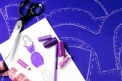 Concetto di cucito dressmaker immagini stock