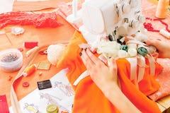 Concetto di cucito dressmaker immagine stock
