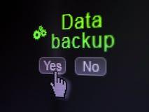 Concetto di dati: Icona e backup dei dati degli ingranaggi sullo schermo di computer digitale Immagine Stock Libera da Diritti