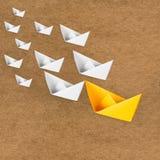 Concetto di direzione con la barca di carta Immagine Stock Libera da Diritti