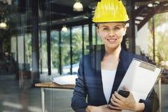 Concetto di Engineer Construction Design dell'architetto della donna di affari immagine stock