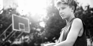 Concetto di Exercise Sport Stadium dell'atleta del giocatore di pallacanestro Immagine Stock Libera da Diritti
