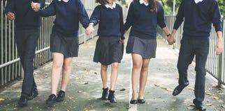 Concetto di felicità degli amici degli studenti di diversità Fotografia Stock