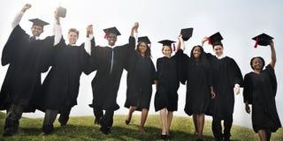 Concetto di felicità di Celebration Education Graduation dello studente Fotografie Stock