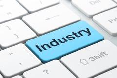 Concetto di finanza: Industria sulla tastiera di computer Fotografia Stock Libera da Diritti