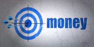 Concetto di finanza: obiettivo e soldi sul fondo della parete Immagine Stock Libera da Diritti