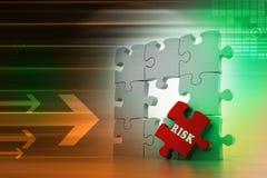 Concetto di finanza: Rischio sul pezzo rosso di puzzle Fotografia Stock