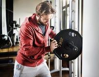 Concetto di forma fisica di esercizio di allenamento di addestramento del peso Immagini Stock