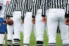 Concetto di gioco del calcio - arbitri fotografie stock libere da diritti