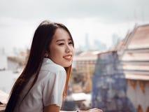 Concetto di gradutation e dello studente da bello girl20s asiatico a Immagine Stock