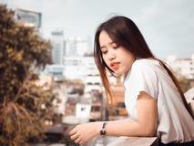 Concetto di gradutation e dello studente da bello girl20s asiatico a Immagini Stock Libere da Diritti