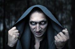 Concetto di Halloween. Occhi diabolici di mistero immagini stock