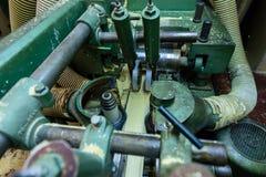 Concetto di industria di produzione, di fabbricazione e di falegnameria Equipm immagini stock libere da diritti