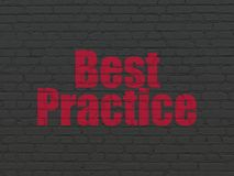 Concetto di istruzione: Best practice sul fondo della parete Fotografia Stock Libera da Diritti