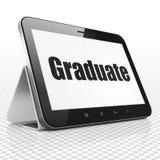 Concetto di istruzione: Computer della compressa con il laureato su esposizione fotografie stock