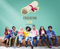 Concetto di istruzione di corso di graduazione di grado del diploma Immagine Stock