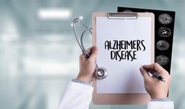 Concetto di malattia di Alzheimers, malattie degeneranti Parkin del cervello fotografie stock