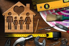Concetto di miglioramento domestico - strumenti e Camera del lavoro fotografie stock